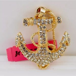 NWT Betsey Johnson anchor necklace